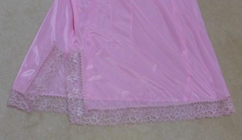 287956305slip-lace-finishes