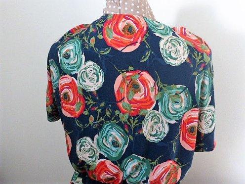 floral-back-maniquin