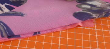pink-zip-check